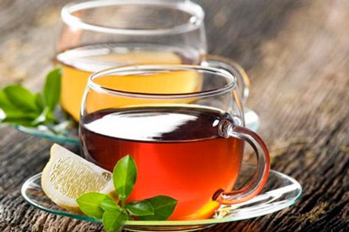Зеленый и черный чаи