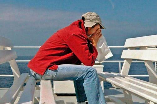 Тошнит из за морской болезни