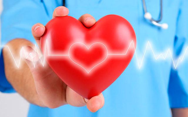 Синусовая аритмия: причины, симптомы и лечение