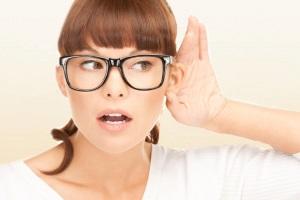 При выборе аппарата важно учесть уровень слуха