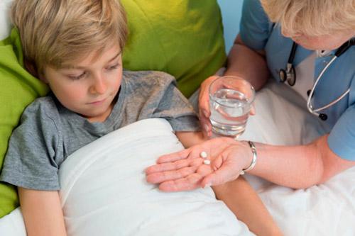 Ребенку назначили препараты