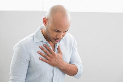 Дискомфорт в грудине